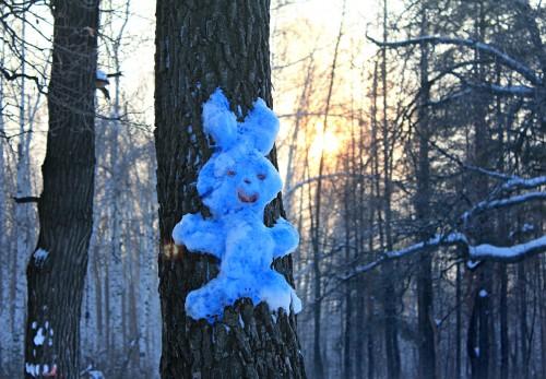 Голубой Заяц - командир армии снеговиков