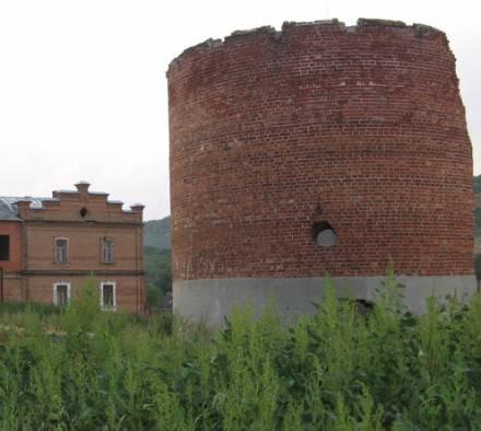 Усадьба Рейнике. Силосная башня